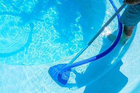 pool cleaning service sugar land